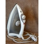 AIM Steam Iron